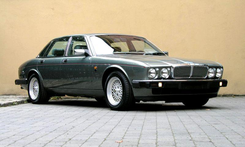 Jaguar XJ40 (1987 xj40 44717849996e4)